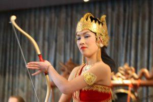 26 apr 2009 ~ Gamelan & Dans met Mugi Rahayu
