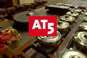 2001 ~ AT5 nieuws over Pakhuis Wilhelmina en de Gamelanzolder