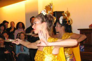 18 jan 2004 ~ Officiële opening van 'Het Gamelanhuis'